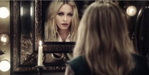 Reina-Madonna-Ghosttown-Rebel-Heart_LNCIMA20150408_0091_1-620x313